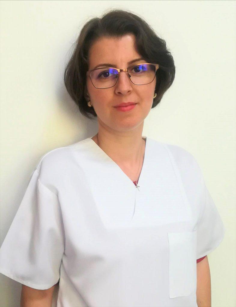 Dr. Cristina Toader