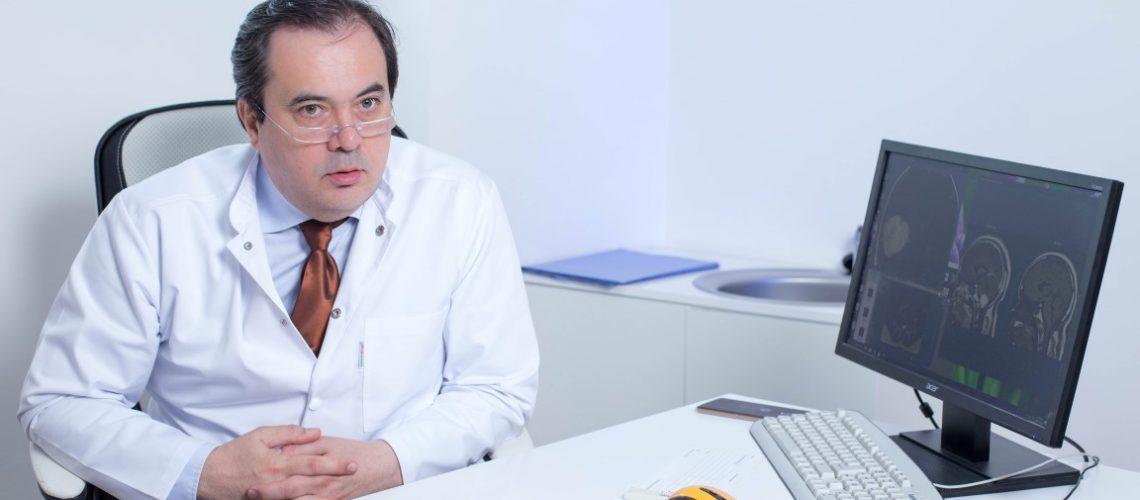 Valentin Munteanu, medic neurochirurg